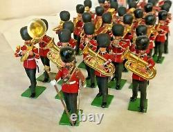 38 Britains Ltd Plastic Scottish Band, Horns, Drums Hand Painted