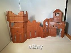 3 VINTAGE 1/32 PLASTIC DISPLAY BACKGROUNDS Airfix, Timpo, Britains