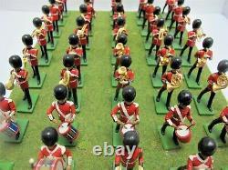 46 Britains Metal Soldiers Britains Grenadier Guards Bandsmen On Plynth (3433)