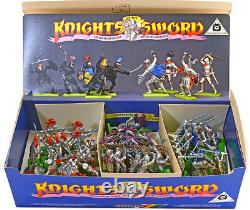 48 Britains Deetail 2nd version Knights on foot mint in counter pack box 7770