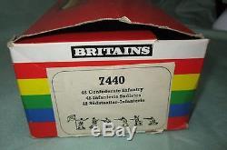 AE407 BRITAINS BOITE 7440 INFANTERIE SUDISTE UNION CONFEDERATE INFANTRY 45 Pièce