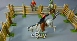 BRITAINS Complete Wild West COWBOY RODEO SET #2043 Lead Toy Soldiers