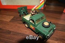 BRITAINS DEETAIL 9788 & 9787 GERMAN VW KUBELWAGEN PAK GUN land rover & gun RARE