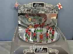 BRITAINS No. XXXX SHOP DISPLAY STAND WITH 14 FIGURES RARE