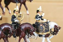 BRITAINS RE CAST 14 x BRITISH 17th LANCERS MOUNTED BAND nq