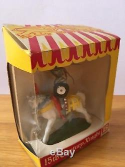 BRITAINS SWOPPET 15th CENTURY MOUNTED KNIGHT ON RARE WHITE CHARGER BOXED