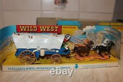Britain's Boxed Mint 7616 Covered Pioneer Wagon. Box VGC/EXC