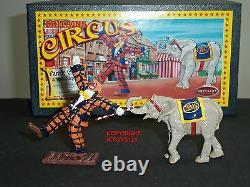 Britains 08674 Circus Parade Clown And Baby Elephant Metal Civilian Figure Set