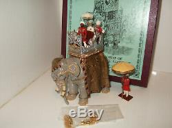 Britains 08956 Delhi Durbar, Duke & Duchess of Connaught on State Elephant
