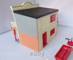 Britains 4726 Saloon Building Boxed Wild West Swoppets