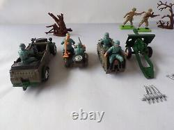 Britains 9751 Army Group Boxed German Kubelwagen Sidecar British Soldiers