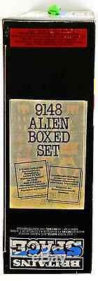Britains Deetail # 9148 Space Alien Space Ship Boxed Set 1982 production