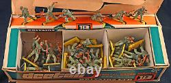 Britains Deetail WWII Afrika Korps 48 Figures 7370 mint counter pack 1976