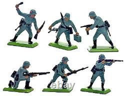 Britains Deetail WWII German Infantry #1 48 Figures # 7350 mint counter pack