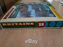 Britains Deetail Wild West Indians Boxed No 7546 (lot 2643)