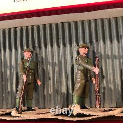 Britains EXTREMELY RARE Set 1828 British Infantry At Ease. 1939 Only