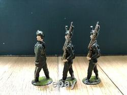 Britains From RARE EARLY Set 9 Rifle Brigade. First Version c1900