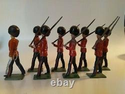 Britains Lead Soldiers 8 Pc Set British Coldstream Guards Marching Org Box 1515