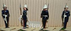 Britains Pre-War Set #1610 Royal Marines At the Present AA-11955