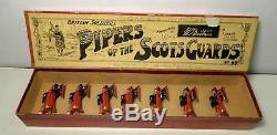 Britains Prewar Set 69 Pipers of the Scots Guards with Box