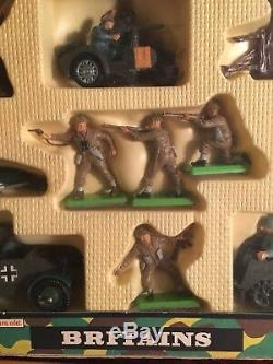 Britains Rare Army Group Deetail Set 9751 In Good Condition