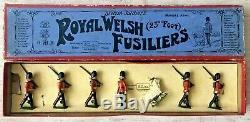 Britains Set 74 ROYAL WELSH FUSILIERS 1934 version / 1938 Issue VNMIB