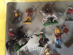 Britains Swoppet Cowboys And Indians Rare Set 7626 In Good Condition