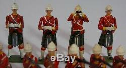Britains Toy Soldiers GORDON HIGHLANDERS #118. 5 Sets Combined. 32 Pieces. 1914