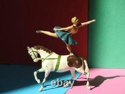 Britains Vintage 1936-61 Lead Circus Equestrienne #355b & Trotting Horse #352b