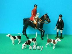 Britains Vintage Lead Hunt Meet Set Mounted & Standing Huntsmen / Women & Hounds
