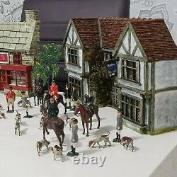 Britains Vintage Lead Hunt. The Meet Village Pub Scene and Full Cry. Huge Lot