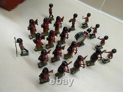Britains Vintage Lead Soldiers 21 piece set of Scots Guards Pipe Band