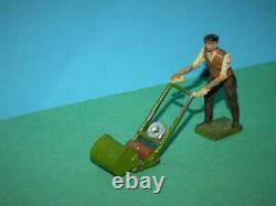 Britains Vintage Pre-war Rare Lead Garden Gardener #051 And Lawnmower #050
