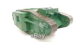 Britains WWI Mark I 1 British Military Mother Male Tank w Military Figures 8946