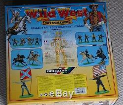 Britains deetail 17553 Wild West Fort Comanche cowboy indian us cavalry figures