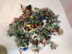 Britains knights And others job lot deetail 1971 medieval
