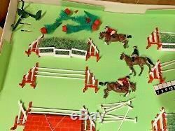 Britains rare boxed Showjumping set 7594 Rare Example