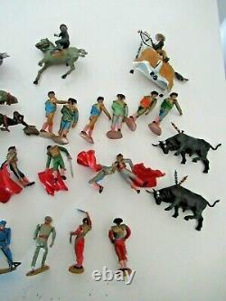 LOT 24 pièces corrida TEIXIDO JECSAN torro cirque zoo starlux britains clairet