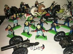 LOT 30 BRITAINS DEETAIL CIVIL WAR Union Confederate SOLDIERS 1971 Cavalry Horses