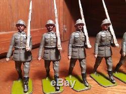 Lot Vintage Britains 8 German Infantry Toy Soldiers Marching RARE