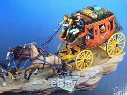 Rare diligence Black Hawk Stagecoach à 6 chevaux et personnages du western