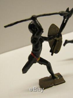 Vintage 7 Britains African Savage Zulu Warriors In Original Box 147 Lead Soldier