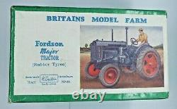 Vintage Boxed Britains No. 128F Lead Fordson Major Tractor Model Rubber Tyres