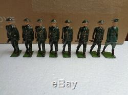 Vintage Britains #1603 Irish Free State Infantry Toy Soldier lot of 8 lead, At