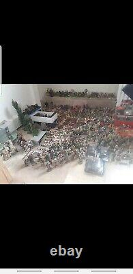Vintage britains lead toy soldiers over 1000