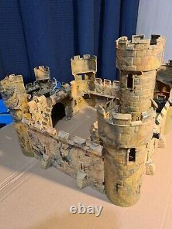 Vintage timpo britains Medieval Castle 1/32 scale 70s