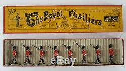 Vtg Britains Lead Toy Soldiers The Royal Fusiliers Marching Dress Rifle Packs #7