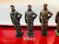 W Britain (Britains) No. 333 American Aviators Group of 8 U. S. Airmen Rare