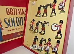 W. Britain's ROAN Box Drum & Pipe Band of the Irish Guards 9428 MIB