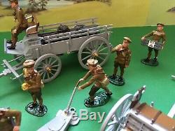 William Britain Premier Series 8912/8920, 4.5 Howitzer & Horse Drawn Wagon